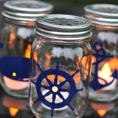 Thirty Beachy Mason Jar Ideas for decor, parties, memory keeping and more, Nautical and beach summer themed ideas. Mason Jar Candle Holders, Mason Jar Lanterns, Mason Jar Candles, Mason Jar Crafts, Mason Jar Diy, Beeswax Candles, Do It Yourself Wedding, Nautical Party, Creation Deco