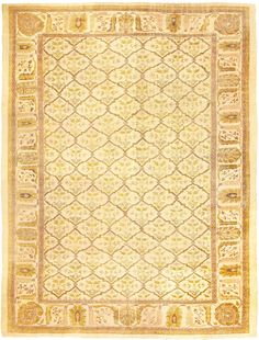 Antique Persian Sultanabad Rug , Country of Origin / Rug Type: Persian Rugs, Circa Date: 1920 11 ft 4 in x 15 ft 5 in (3.45 m x 4.7 m)