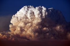 Rian LONG :: Pyrocumulus Cloud [created by the Aug-09 Station fire in the mountains north of Los Angeles]