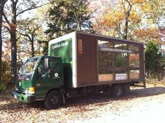 Mobile Greenhouse Runs on Waste Vegetable Oil, Teaches Kids Sustainable Practices (Interview) : TreeHugger Sustainable Farming, Sustainable Practices, Sustainable Development, Sustainable Living, Sustainability, Business Plan Model, Miniature Greenhouse, How To Teach Kids, Farm Trucks