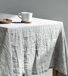 Washed linen tablecloth in small checks   Handmade linen tablecloth b4e11328b92fa