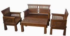Set Kursi Tamu Toraja Cawung R-3AU terbuat dari material kayu jati dengan sentuhan ukir jepara yang kami sempurnakan dengan finishing melamine coklat.