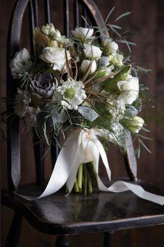 New Romantics: Rustic Wedding Bouquets and Centerpieces | Minnesota Bride Magazine