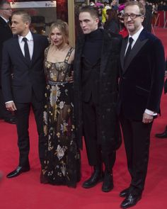 Sienna Miller with co-stars Charlie Hunnam and Robert Pattinson and director James Gray at 'The Lost City of Z' premiere