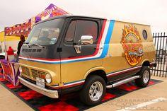 70s chevy Vans   1967-70 Chevy Van 90