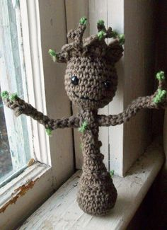 """""""I am GROOT"""" lol. This is a baby Groot I just finished making. He still needs a little white pot though :) The crochet pattern can be found here: http://blog.twinkiechan.com/2014/08/13/free-crochet-pattern-potted-baby-groot-from-guardians-of-the-galaxy/"""