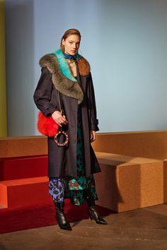 Diane von Furstenberg Fall 2017 Ready-to-Wear Collection Photos - Vogue