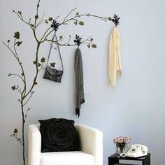 Tree w/hooks wall sticker