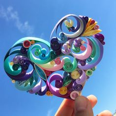 Arte di carta quilled: Love is All Around di SenaRuna su Etsy
