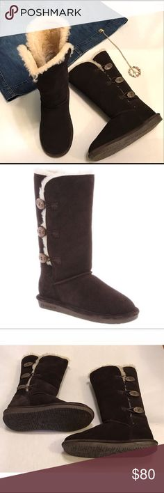 """Bearpaw NWOT Sheepskin Boots 3 Toggle Closure Sz 9 These are beautiful boots by Bearpaw. I only wore them once just in the house but my feet are wide so they did not work for me. Your gain! cow suede upper, sheepskin/wool blend lining and sheepskin footbeds. Three toggles each 1.25"""" long close the sides. Chocolate brown in color with natural color lining. Size 9, and 14"""" tall including sheepskin and heels. BearPaw Shoes"""