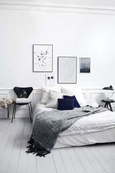 Grey, white & blue Low bed, minimal