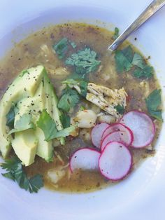 i can say from personal experience that this is one of THE BEST soups I've ever tasted! // CHICKEN POZOLE VERDE | laurenariza