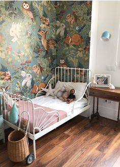 60 rooms with blue decor - incredible photos - Home Fashion Trend Toddler Room Decor, Baby Room Decor, Nursery Room, Creative Kids Rooms, Kids Wallpaper, Deco Boheme, Little Girl Rooms, Kid Spaces, Bedroom Decor