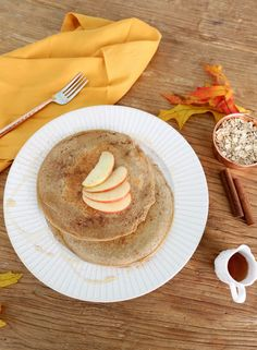 Pumpkin, cinnamon, apple, maple, vanilla...it's that time of year! Doesn't fall just make you want to cuddle in a cozy sweater and bake up some treats? It's not just us, right? ;) So we whipped up some brand new autumn-inspired recipes for you! They... #fallrecipes #healthycake #healthyfallrecipes
