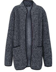 Abrigo gris de cuello mao, mezcla de lana y poliéster, con contrastes en negro (69,90 €), de Elogy.