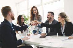 O engajamento acontece através da comunicação, e para que seja efetiva precisa de atitudes, construir a imagem da empresa