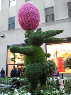My Walking Pictures: Easter at the Rockefeller Center