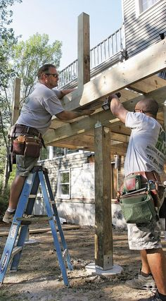 Great Deck Ideas & Designs Deck Stairs, Deck Railings, Railing Ideas, Cool Deck, Diy Deck, Patio Plan, Floating Deck Plans, Deck Design Plans, Deck Building Plans