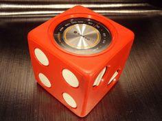SANYO-Radio-AM-transistor-de-dice-vintage-1970-70s-RARE