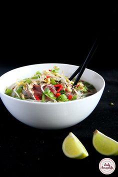Asian Recipes, Healthy Recipes, Ethnic Recipes, Healthy Food, Great Recipes, Soup Recipes, Vegan Runner, Vegan Gains, Best Cookbooks