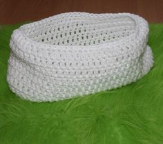 CROCHET BABY BOWL COCOON FOR BABY - PHOTO PROP