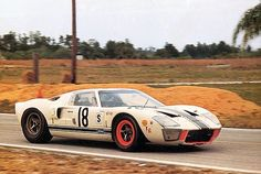 1966 12 Hours of Sebring The Canadian Comstock Ford of Bob McLean and Jean Oulette. It failed to finish due to an accident that took the life of driver Bob McLean. Sports Car Racing, Sport Cars, Race Cars, Auto Racing, Road Racing, Racing Team, Ford Motor Company, Sebring Raceway, Vintage Racing