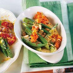 Süßkartoffel-Okra-Curry Rezept | Küchengötter Okra Curry, Healthy Life, Healthy Foods, Vegan Recipes, Vegan Food, Fresh Rolls, Sweet Potato, Zucchini, Recipies