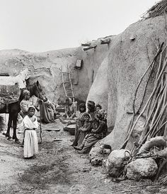Village home, Palestine Palestine History, Israel Palestine, Jewish History, Old Pictures, Old Photos, Terra Santa, Mekka, Visit Egypt, The Beautiful Country