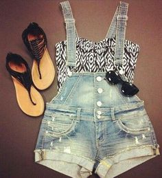 summer outfits. I wish I could pull this off! So cute!
