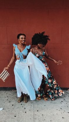 rock-my-boatey: Care care always always ❤️ – KINKYNPROUD – mujeres locas Black Girl Magic, Black Girls, Black Women, Black Girl Fashion, Look Fashion, Fashion Tips, Street Fashion, Pose, Outfit Look