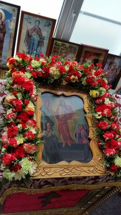 Orthodox Icons, Jesus Christ, Catholic, Floral Wreath, Gardening, Wreaths, Flowers, Home Decor, Floral Crown