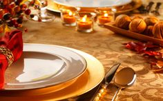Google Image Result for http://files.idealhomegarden.com/files/commons/thanksgiving_table_decorations_ideas1.jpg