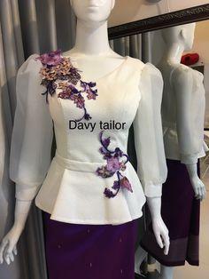 Hanadi Khuja's media statistics and analytics African Attire, African Fashion Dresses, African Dress, Hijab Fashion, Fashion Outfits, Myanmar Traditional Dress, Traditional Dresses, Kurta Designs, Blouse Designs