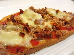 Bruschetta à la tomate et au thon Tapas, Baguette Recipe, Keto Dinner, Entrees, Sandwiches, Vegan Recipes, Brunch, Food And Drink, Yummy Food