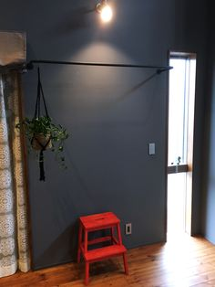アイアン製物干しパイプ 観葉植物を吊るしてもおしゃれです。 #物干し #部屋干し #アイアン #梅雨 #洗濯物