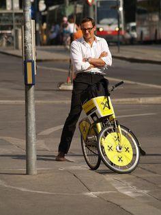smart! by ViennaCycleChic // WienerRadlChic, via Flickr