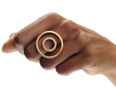 Ring | Angela Hübel.  Gold with diamonds