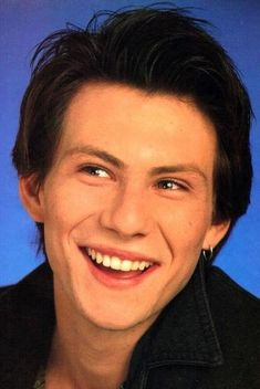 Yeah, I'll never get over young Christian Slater as Jason Dean. Jason Dean Heathers, Jd Heathers, Heathers The Musical, Veronica Heathers, Christian Slater Heathers, Young Christian Slater, Pretty Men, Pretty Boys, Greek Gods