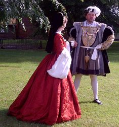 Side-view of damask Henrician gown mid 16th century English