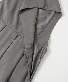 KBF(ケイビーエフ)の「KBF BIGプリーツジャンパースカート(ジャンパースカート)」です。このアイテム着用のコーディネートをチェックすることもできます。