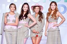 The three K-pop groups were recognized as the undisputed queens of the Korean music industry due to their overwhelming popularity and successful album sales. Kpop Girl Groups, Korean Girl Groups, Kpop Girls, Sistar Kpop, Yoon Bora, Album Sales, 2ne1, Starship Entertainment, Korean Music