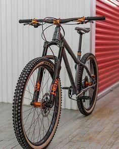 Bmx Bicycle, Mtb Bike, Hardtail Mountain Bike, Mountain Biking, Road Bike Clothing, Mtb Training, Cycling Girls, Women's Cycling, Cycling Jerseys