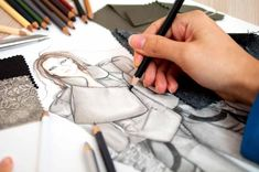 Fashion Designer jobs | What you need to know!
