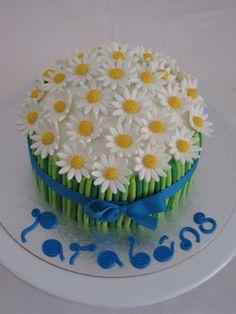 My Birthday Cake, Birthday Desserts, Bolo Original, Aqua Cake, Daisy Cupcakes, Naked Cakes, Cool Cake Designs, Colorful Cakes, Cake Decorating Tutorials