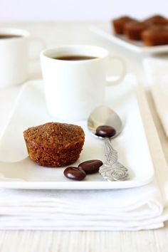 mini coffee cakes I can tell when I'm getting hungry-I start pinning lots of #food #hungry