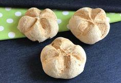 Császárzsemle Szafi Reform szénhidrát-csökkentett lisztből Garlic, Paleo, Rolls, Vegetables, Minden, Food, History, Historia, Bread Rolls