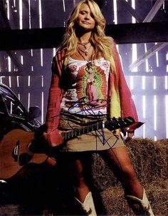 Miranda Lambert is my girl ❤️❤️ Miranda Lambert Bikini, Miranda Lambert Concert, Miranda Lambert Photos, Country Female Singers, Country Music Singers, Maranda Lambert, Miranda Blake, Blond, Sara Evans