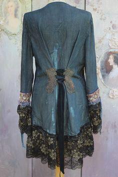 Veste en Jean vintage tonique fantaisie à la main, couture long, fleuri…