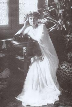 Queen Maria of Romania, Part 2 Princess Alexandra, Princess Beatrice, Mary I, Queen Mary, Princess Victoria, Queen Victoria, Adele, Romanian Royal Family, Old Photos