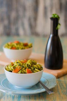 Mix and Stir: Creamy Kale Pesto Pasta